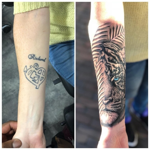 Cover-up tattoo tijger met kleuroog
