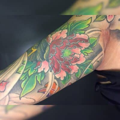 Japanse kleuren tattoo sleeve met lotus