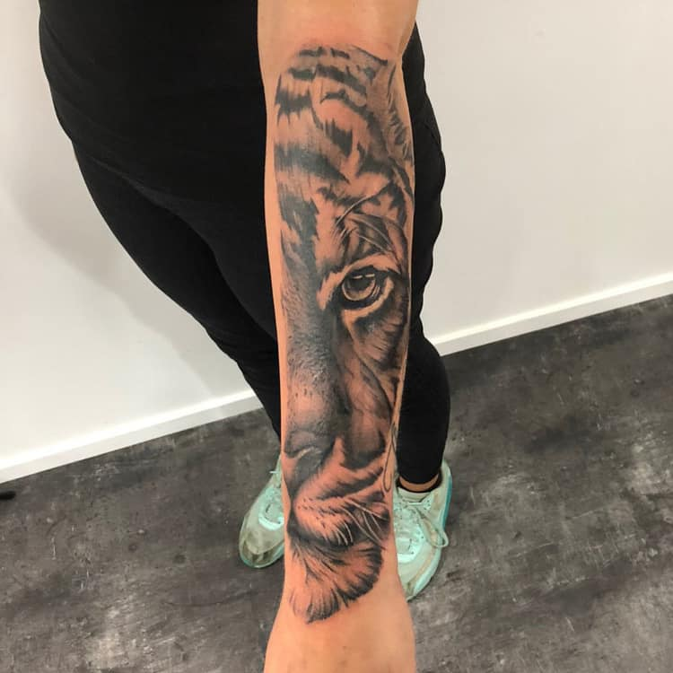 Black & grey tijger sleeve
