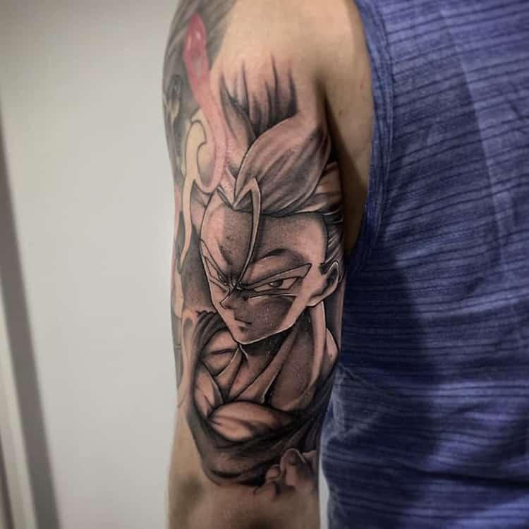 Trunks Dragon Ball Z tattoo bovenarm