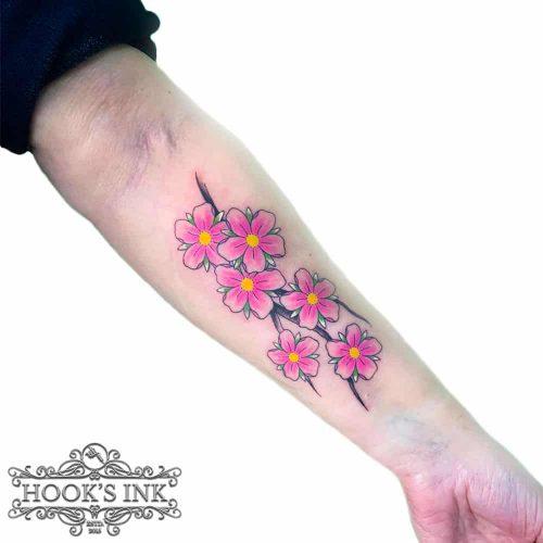 Kleuren tattoo kersenbloesem