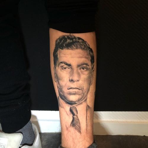 Lucky Luciano portet tattoo