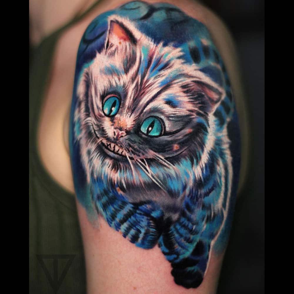 Cheshire kat Alice in Wonderland kleuren tattoo Roman Vainer