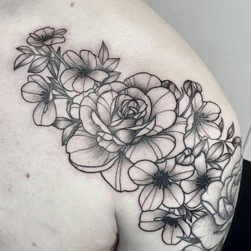 Rozen bloemen tattoo Danique
